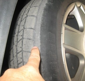 when to replace car tires